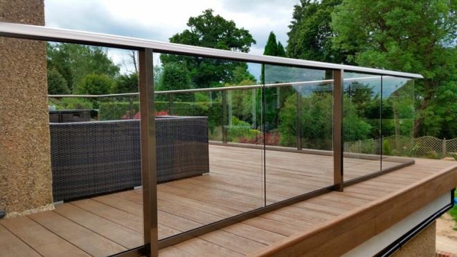Ограждение для террасы из стекла