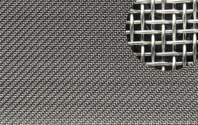 Тканая металлическая армирующая сетка для ограждения