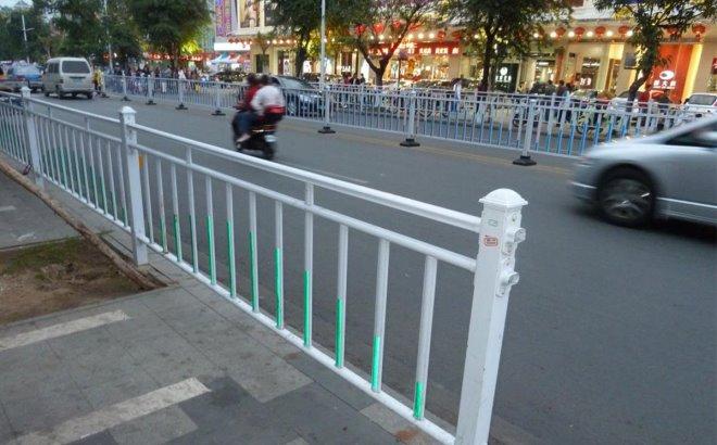 Леерные ограждения барьерного типа