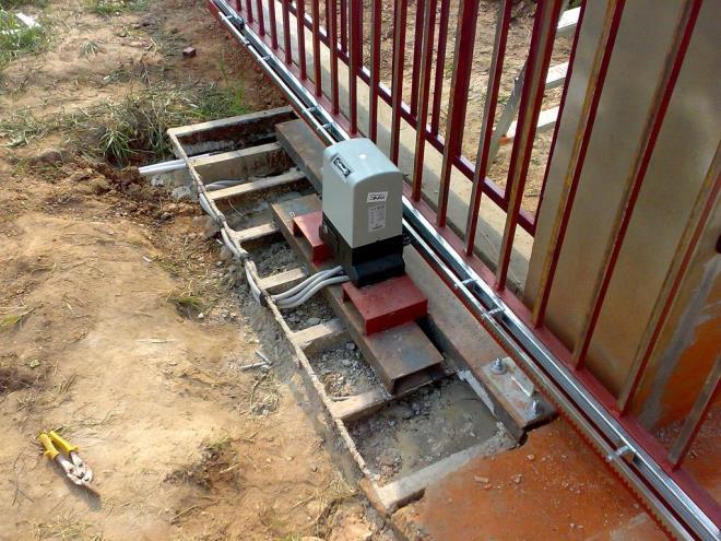 Блок управления сдвижными воротами
