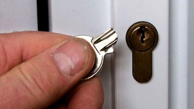 Поломался ключ от замка