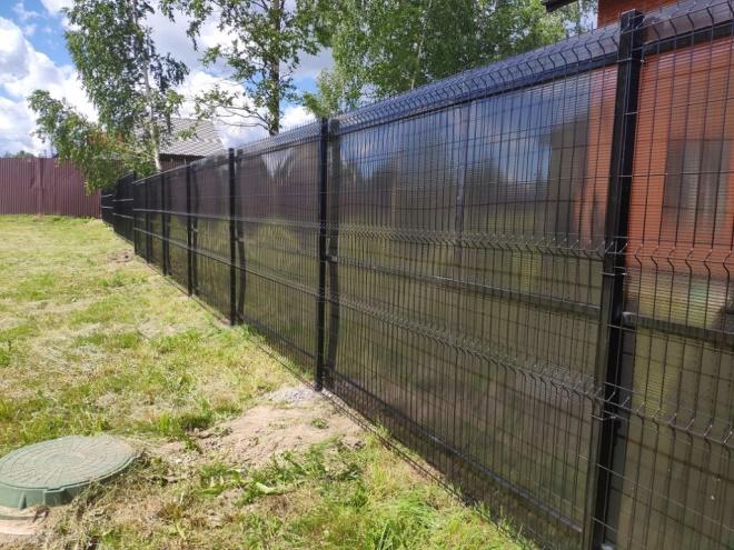 Забор из сетки гиттер с ПВХ
